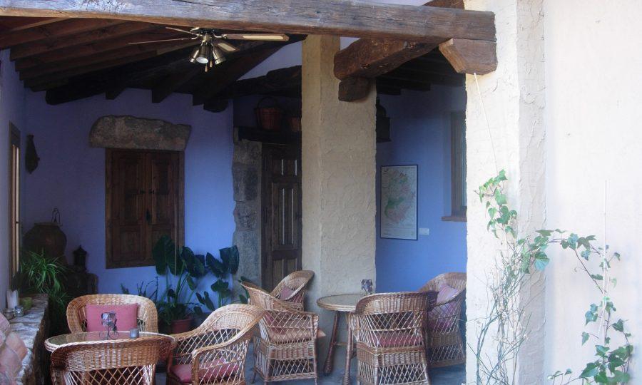 casa rural valverde de la vera arquitectura